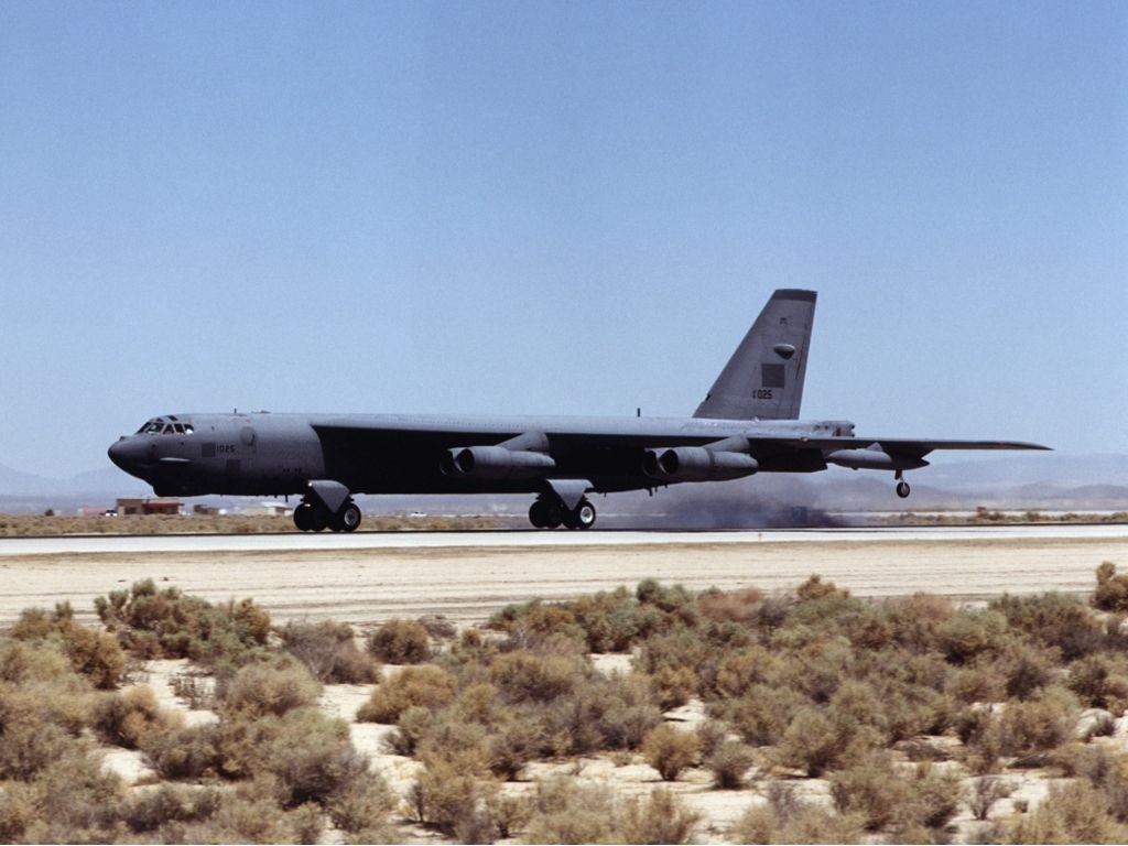 B 52 (航空機)の画像 p1_40