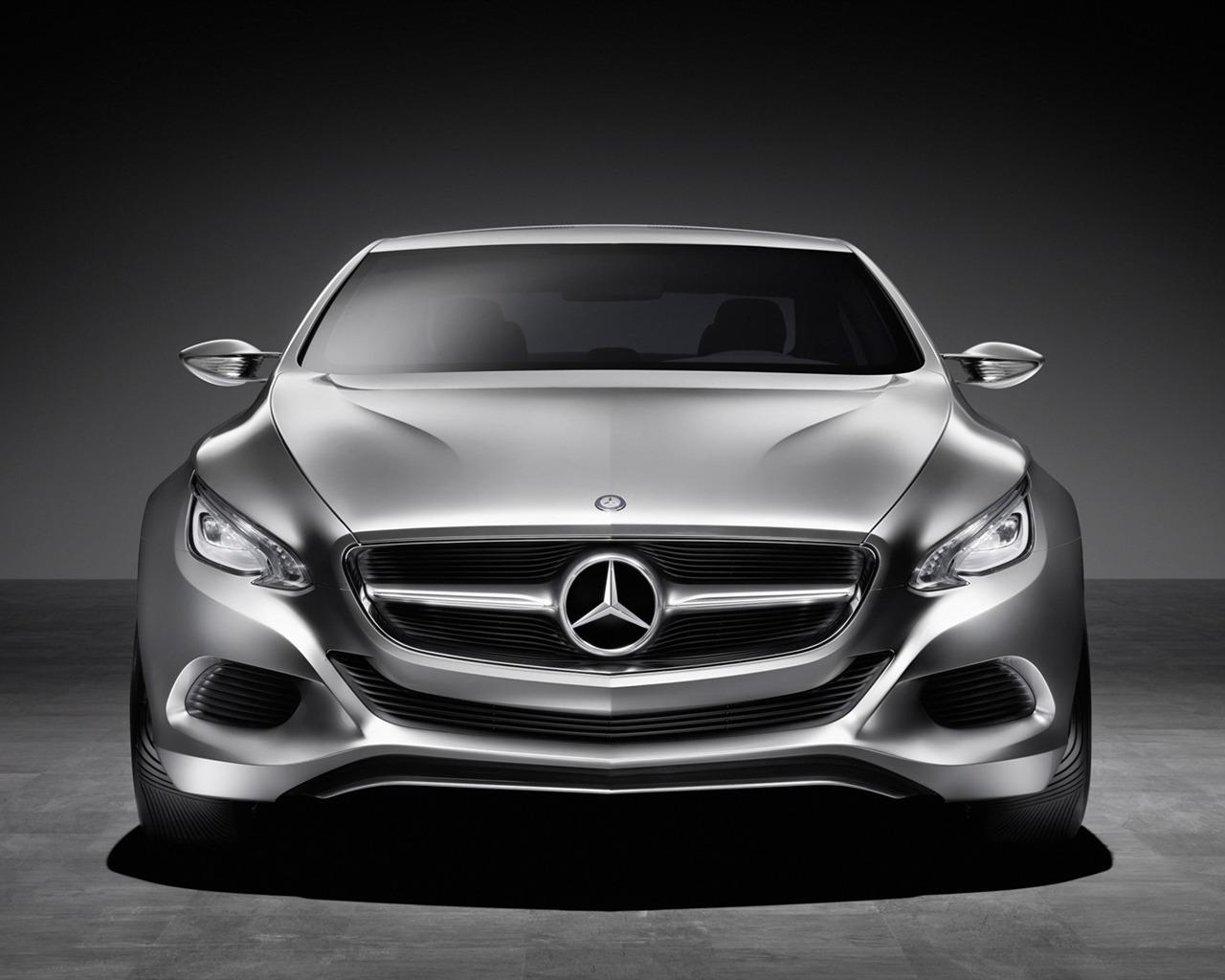 Mercedes Benz Concept Car Wallpaper 2 11 1280x1024 Wallpaper