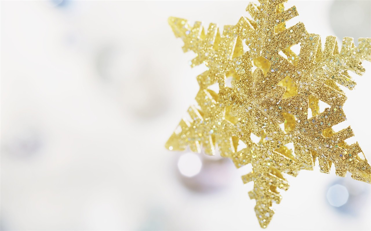 gold christmas snowflake wallpaper - photo #26