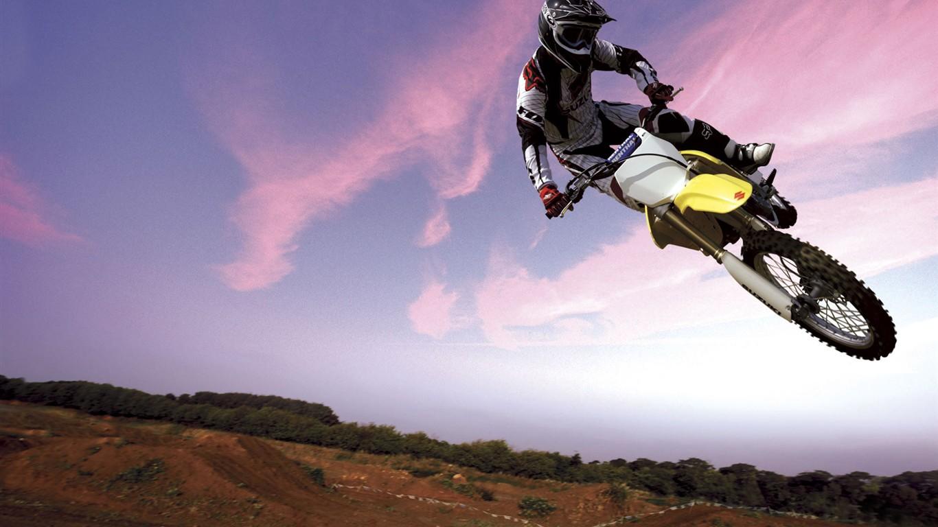 Off-Road Motorcycle Racing HD wallpaper #2192238