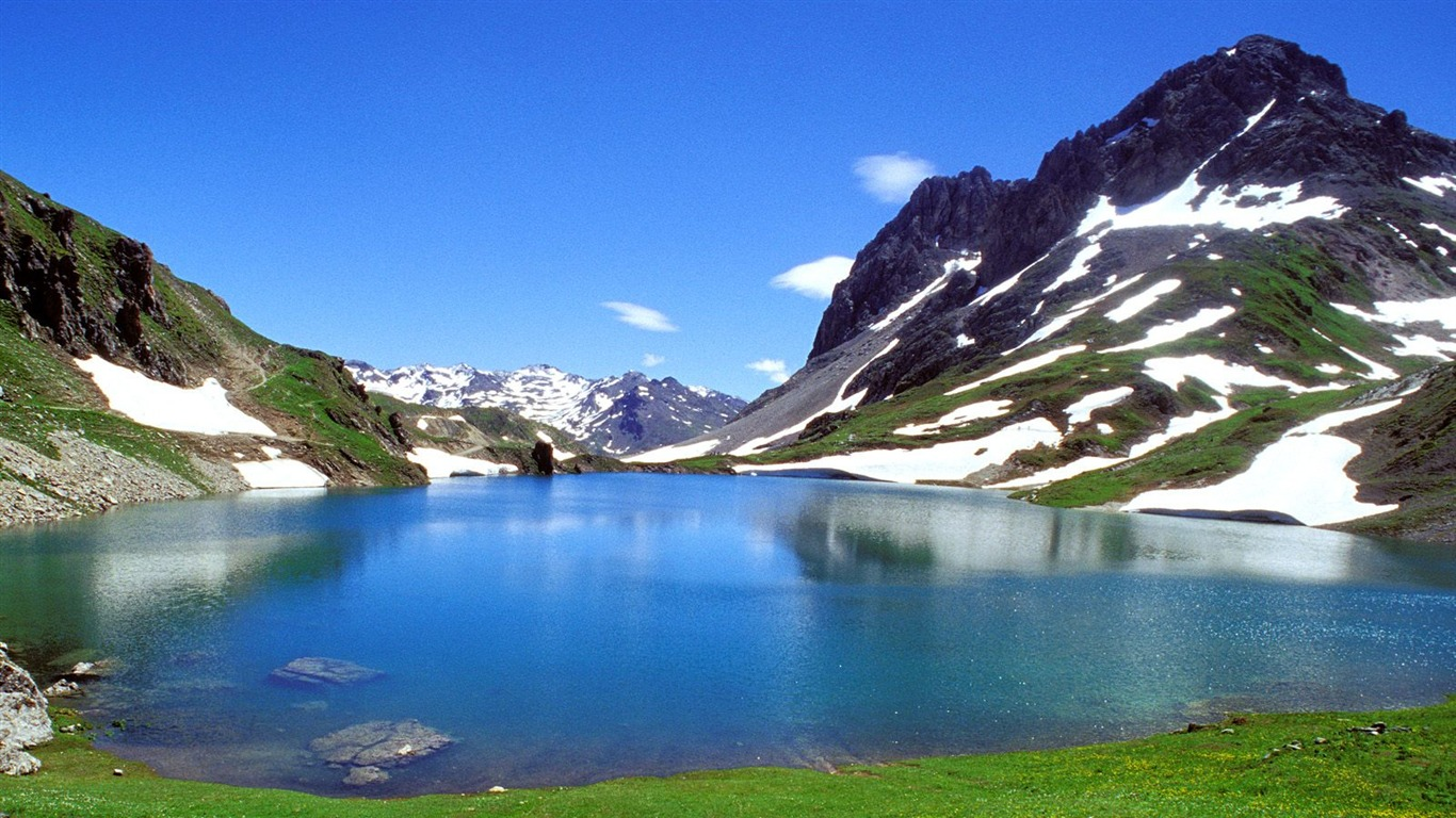 beautiful natural scenery wallpaper #1 - 1366x768 wallpaper download