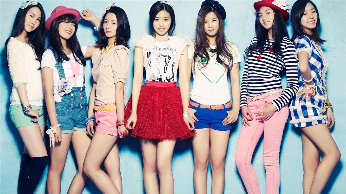Korean Music Girl Group A Pink Hd Wallpapers 1 1366x768