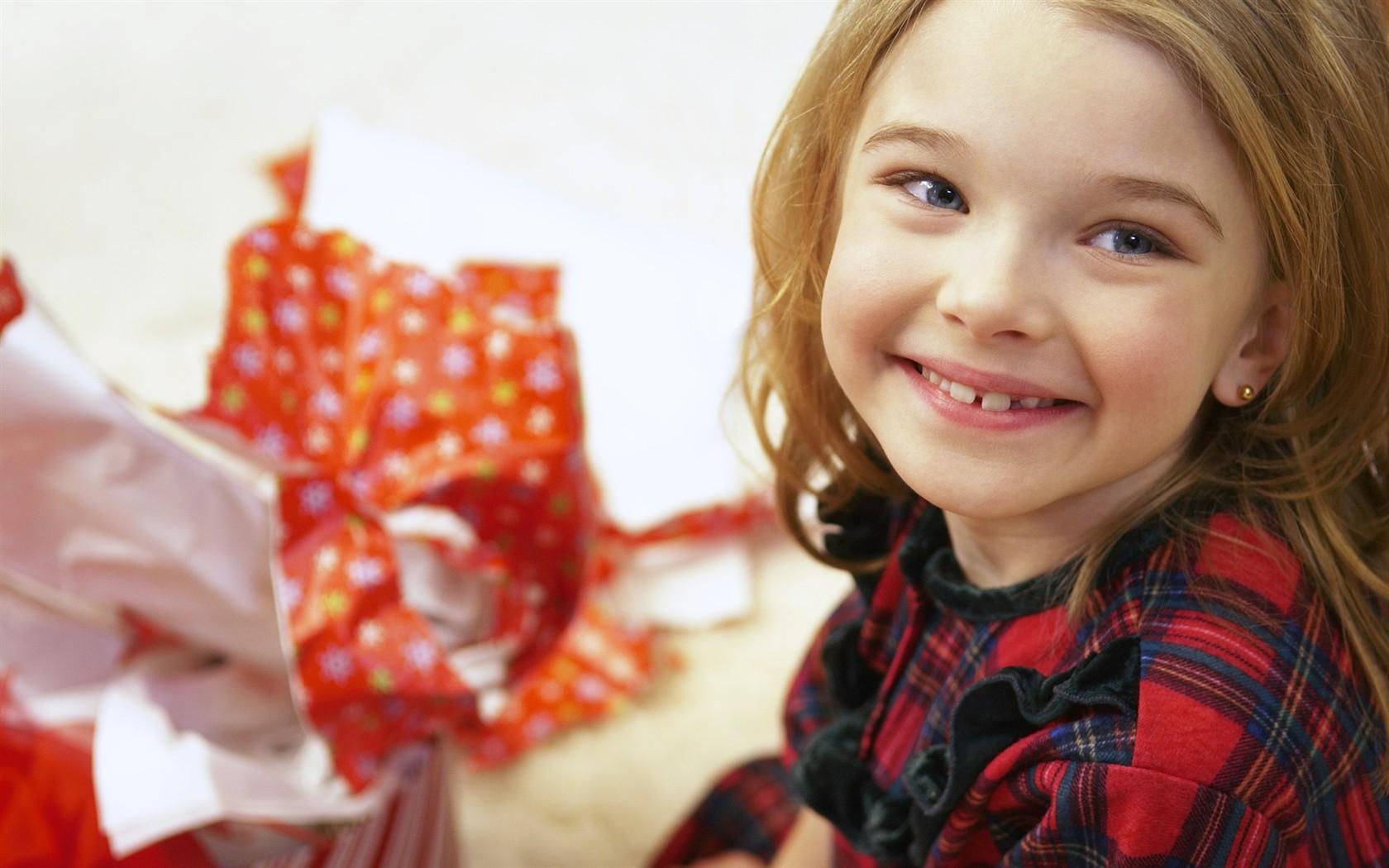 Что подарить девочке 13 лет. Как выбрать подарок 19