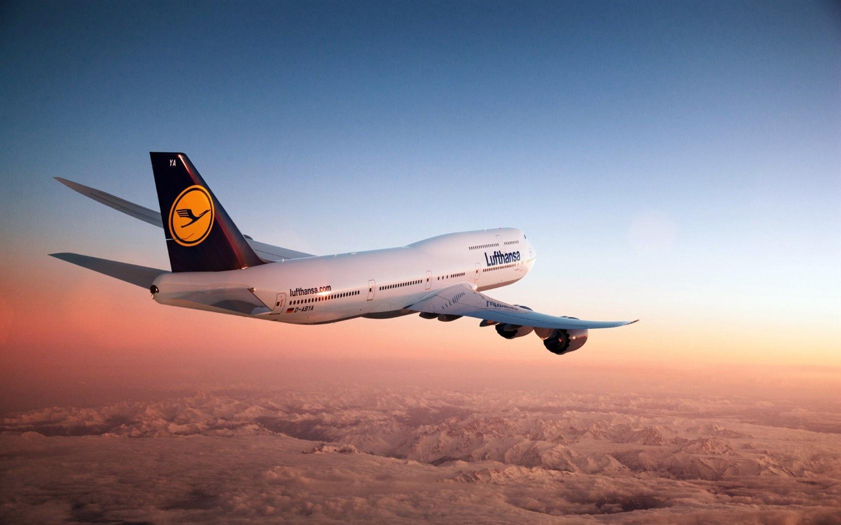 波音747客机 高清壁纸1 - 1680x1050