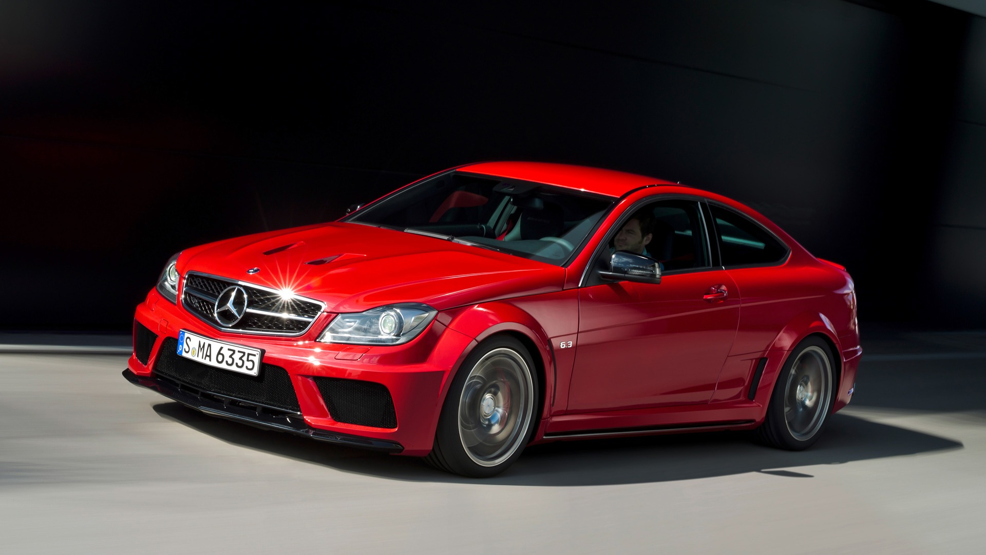 Mercedes Benz C63 Amg Coupe Black Series 2011 Hd Wallpapers 4