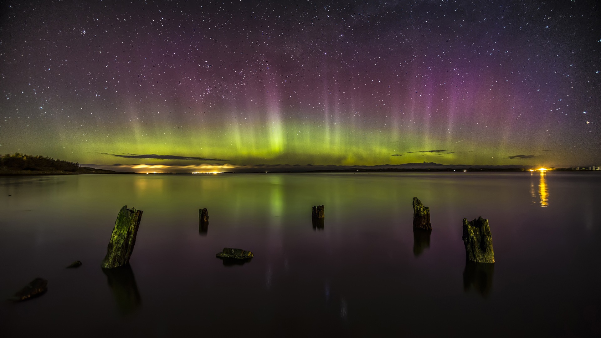 Natural wonders of the Northern Lights HD Wallpaper (2) #24 - 1920x1080.