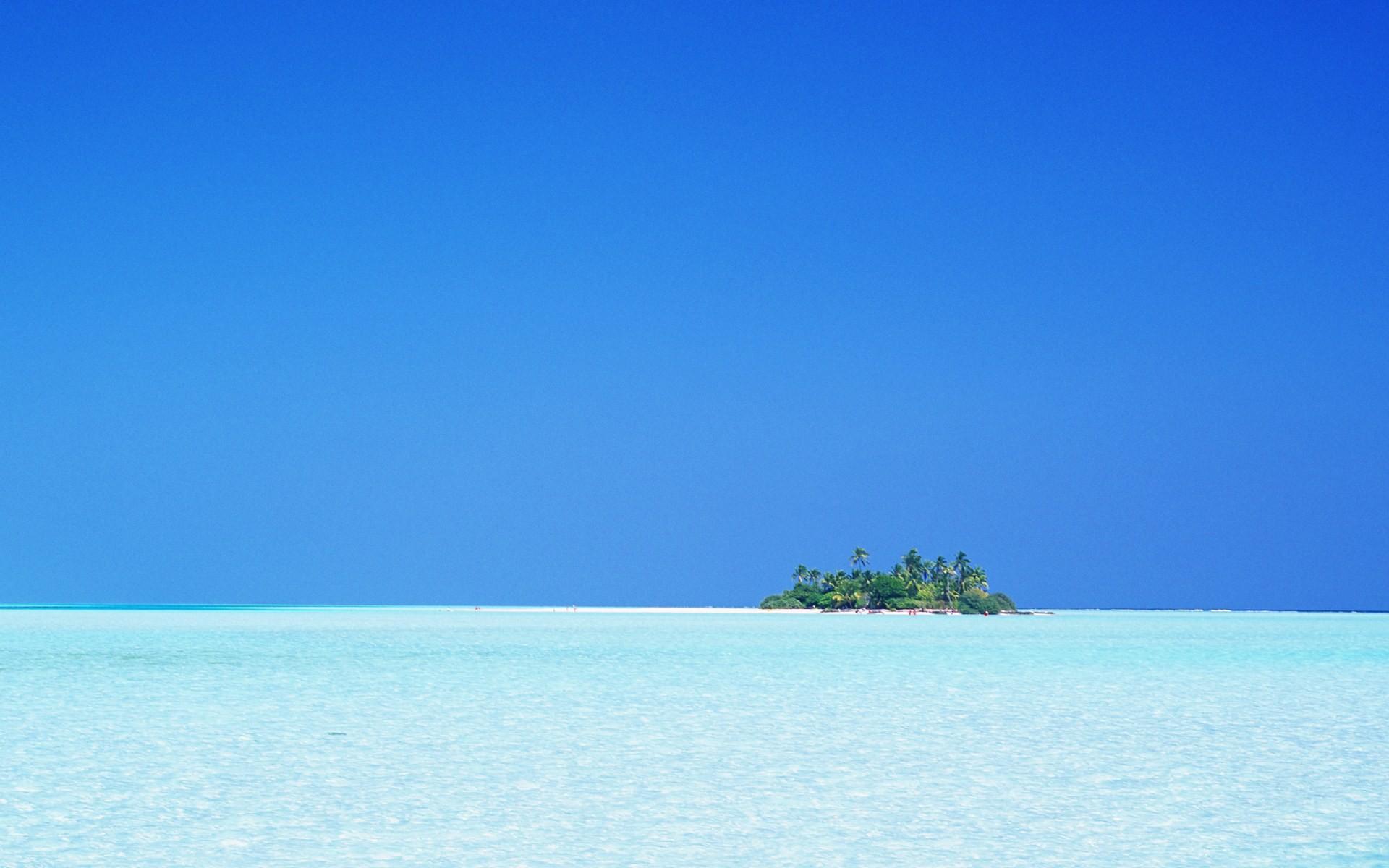 モルディブの海と青空