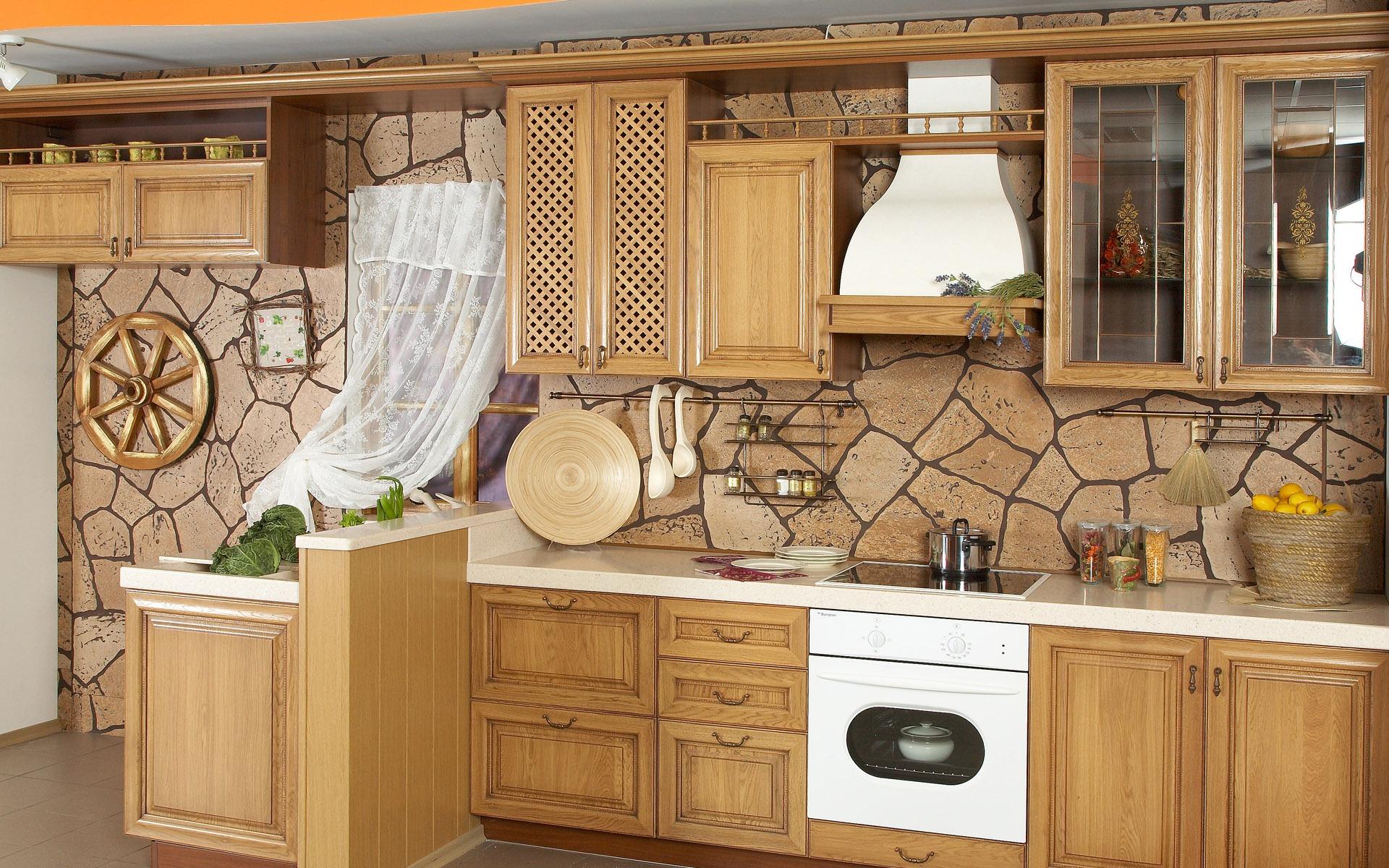 Стены на кухне своими руками фото