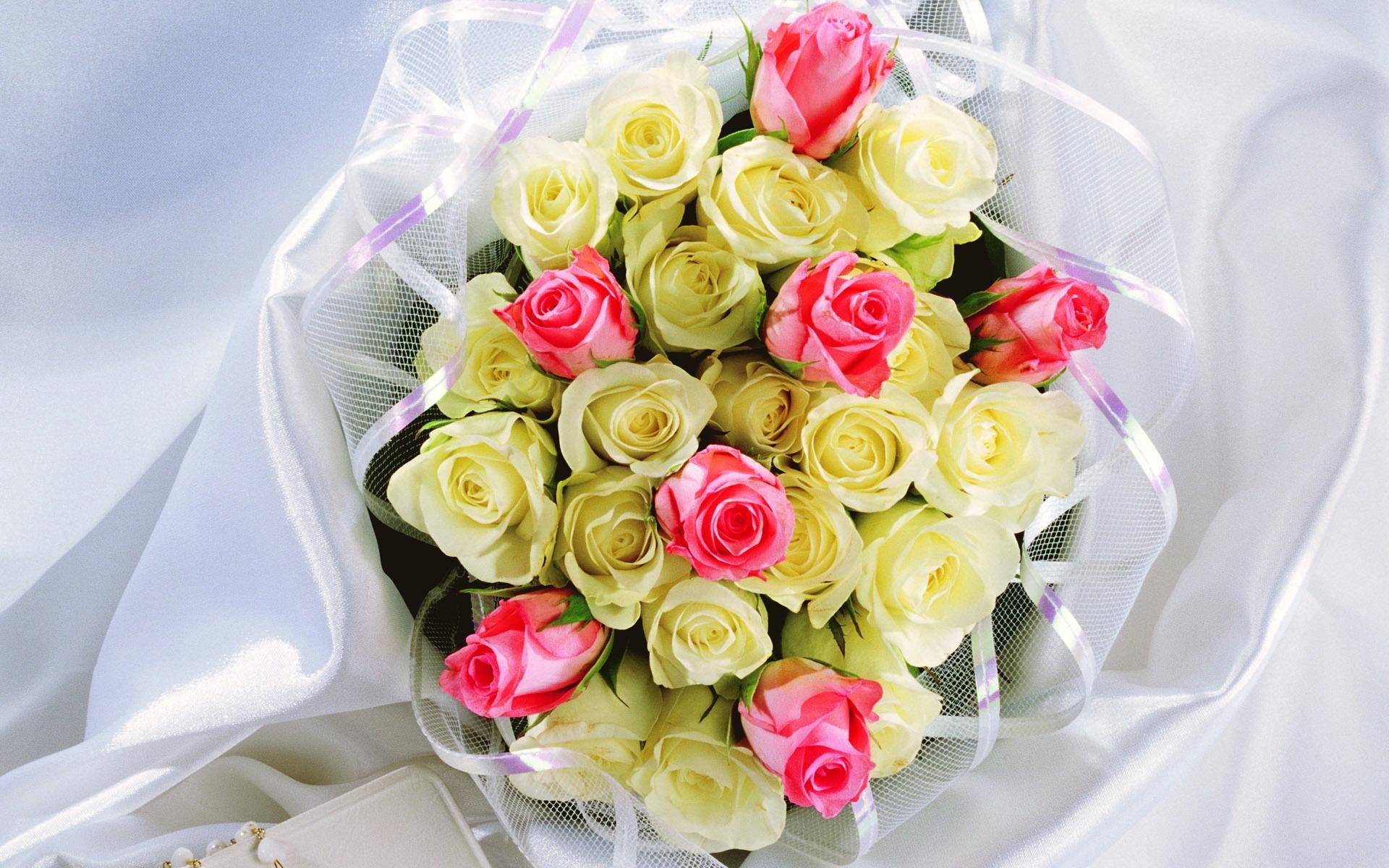 Розы в подарок на свадьбу 48