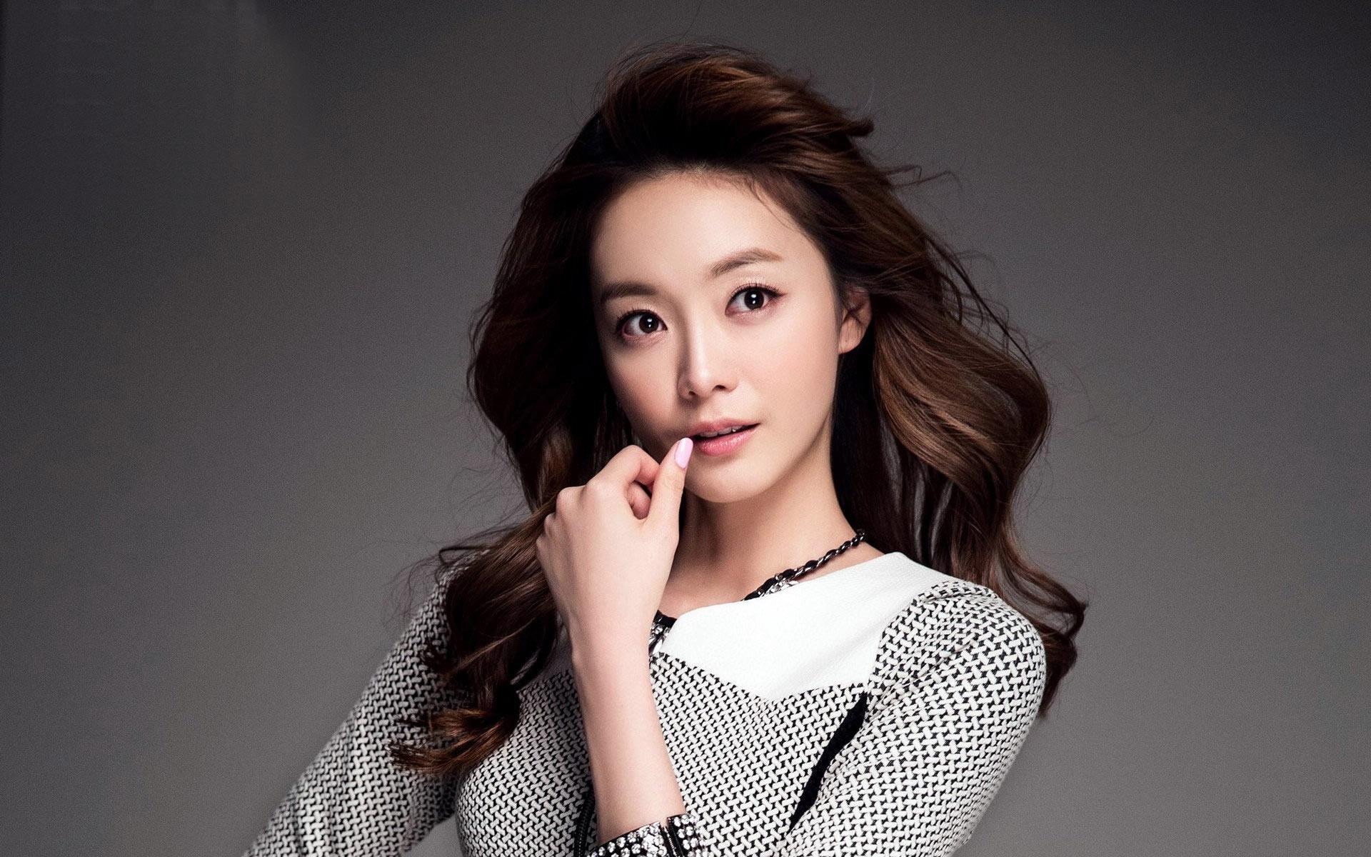 Jeon So Min Korean Beautiful Girl Hd Wallpapers 3 1920x1200