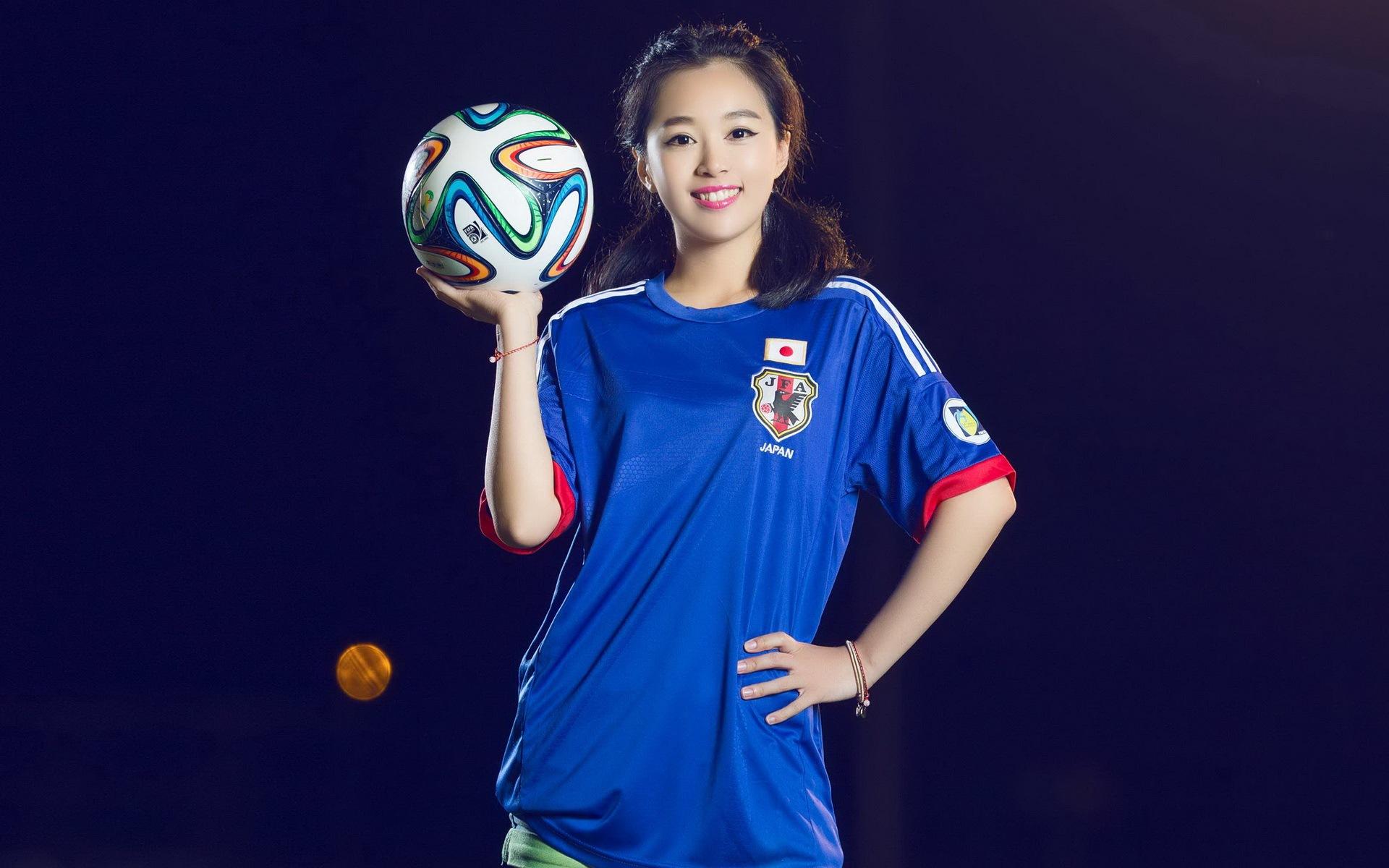 Soccer Girls Wallpaper Free: Football Girls Wallpaper