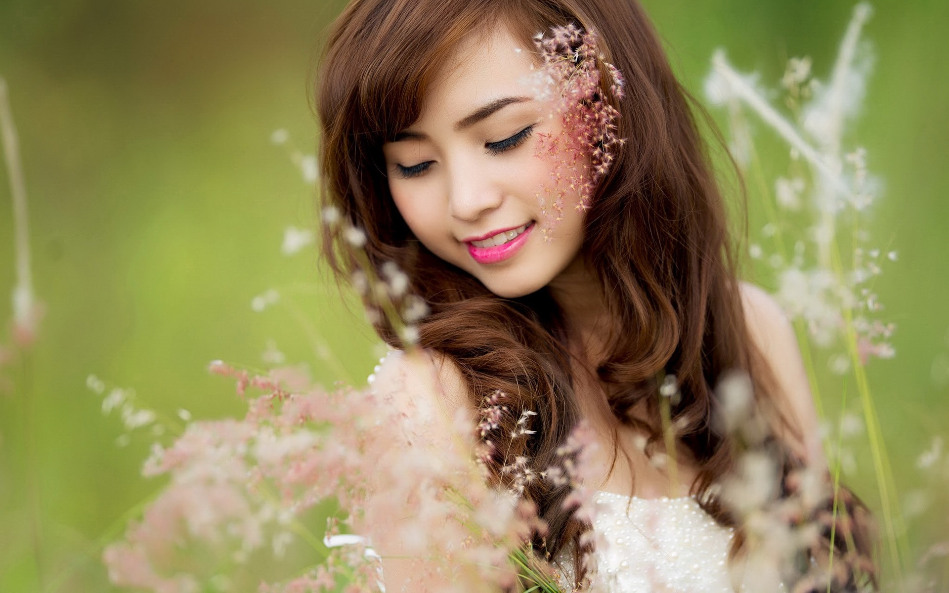 Pure And Lovely Young Asian Girl Hd Wallpapers Collection 4 24