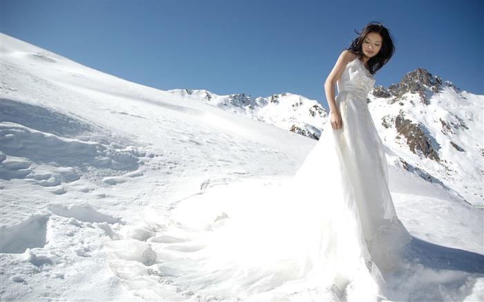 Hermosa novia de vistas de Ucrania