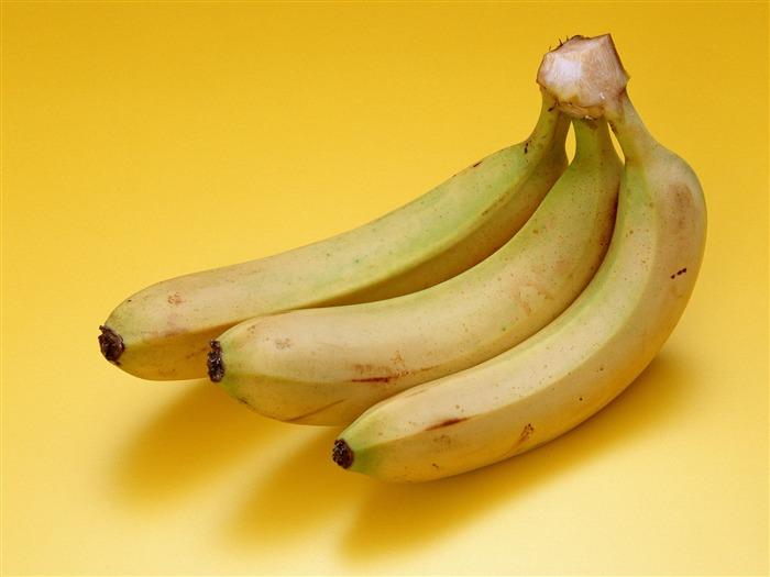 """Главные новости дня """" Журналистам ВВС запрещено есть бананы на рабочем месте"""