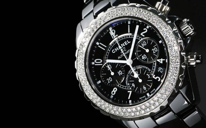 Керамические наручные часы со скидкой