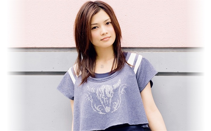 japanese singer yoshioka yui hd wallpapers 17 wallpaper preview