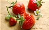 HD wallpaper fresh strawberries #2