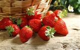 HD wallpaper fresh strawberries #11