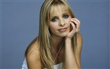Sarah Michelle Gellar beautiful wallpaper (2) #29