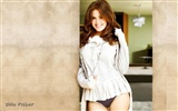 Isla Fisher beautiful wallpaper