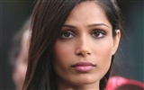 Freida Pinto beautiful wallpaper #3